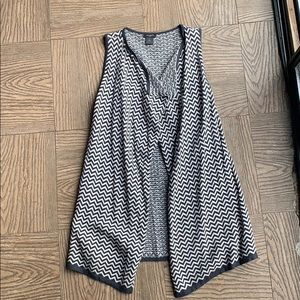 NEW ANN TAYLOR Gray Cream cardigan